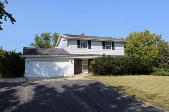 12312 W Donges Bay Rd, Mequon, WI 53097 (#1550675) :: Vesta Real Estate Advisors LLC