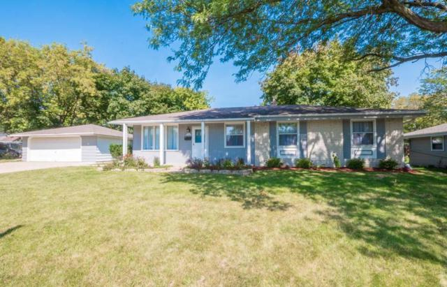N91W17460 Saint Mark Dr, Menomonee Falls, WI 53051 (#1550907) :: Vesta Real Estate Advisors LLC