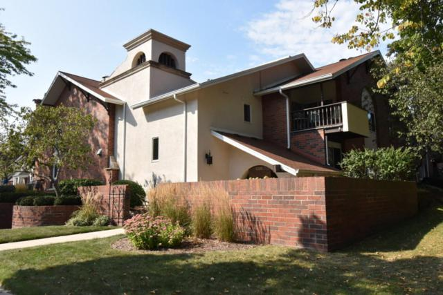 330 E Beaumont Ave #105, Whitefish Bay, WI 53217 (#1551088) :: Vesta Real Estate Advisors LLC