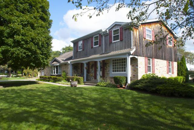 N86W15895 Riverside Bluff Rd, Menomonee Falls, WI 53051 (#1551104) :: Vesta Real Estate Advisors LLC