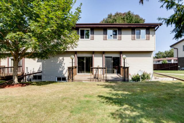 N115W16541 Abbey Ct, Germantown, WI 53022 (#1551151) :: Vesta Real Estate Advisors LLC