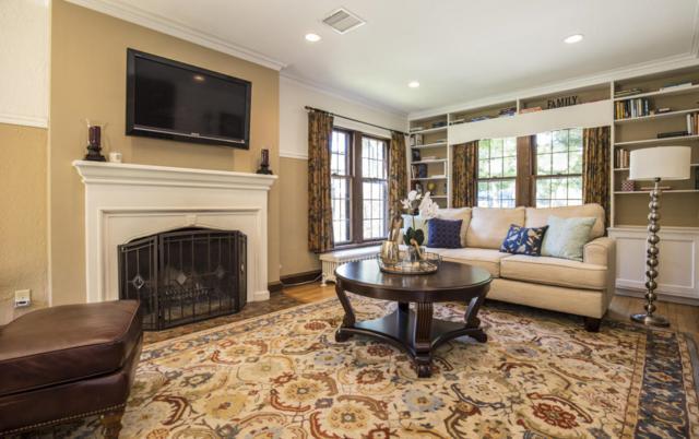 5003 N Cumberland Blvd, Whitefish Bay, WI 53217 (#1551237) :: Vesta Real Estate Advisors LLC