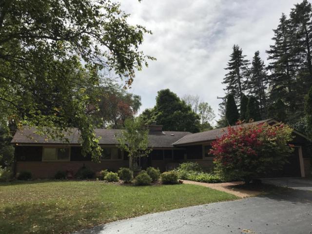 611 W Mequon Rd, Mequon, WI 53092 (#1551659) :: Vesta Real Estate Advisors LLC