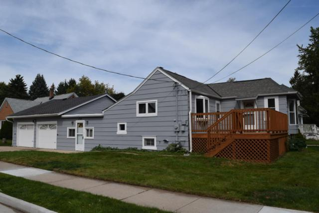 202 W Center St, Saukville, WI 53080 (#1551733) :: Tom Didier Real Estate Team