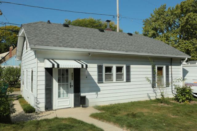 4673 N Ironwood Ln, Glendale, WI 53209 (#1551874) :: Vesta Real Estate Advisors LLC