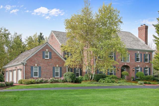 9855 W Hawthorne Rd, Mequon, WI 53097 (#1551922) :: Vesta Real Estate Advisors LLC