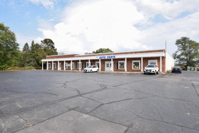 W62N226 Washington Ave, Cedarburg, WI 53012 (#1553799) :: Vesta Real Estate Advisors LLC