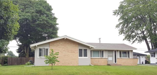 W148N8172 University Dr, Menomonee Falls, WI 53051 (#1554210) :: Vesta Real Estate Advisors LLC
