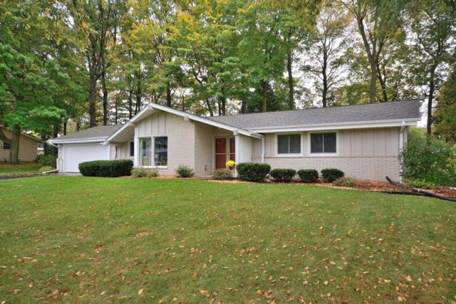 17985 Redvere Dr, Brookfield, WI 53045 (#1554553) :: Vesta Real Estate Advisors LLC