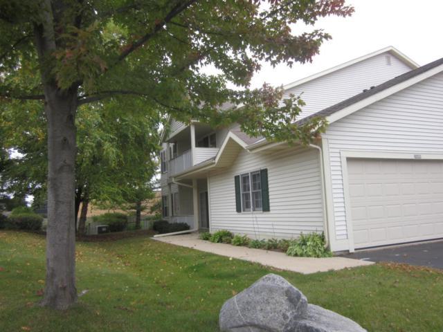 252 Bur Oak Ln C, Grafton, WI 53024 (#1554715) :: Tom Didier Real Estate Team