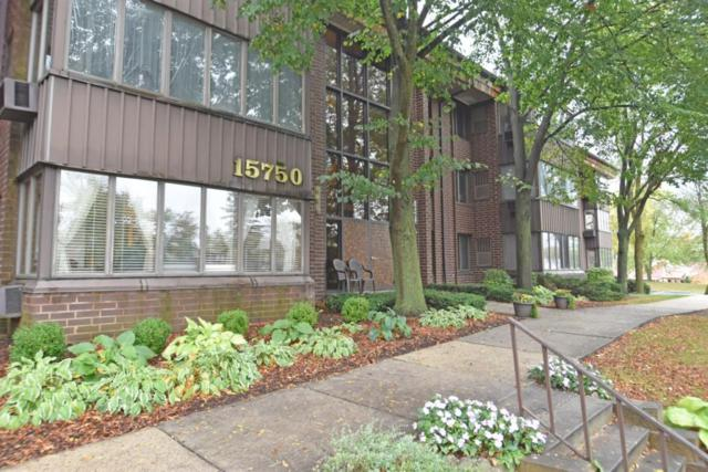 N84W15750 Ridge Rd #301, Menomonee Falls, WI 53051 (#1554766) :: Vesta Real Estate Advisors LLC