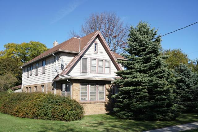 502 W Oakland Ave, Port Washington, WI 53074 (#1555537) :: Tom Didier Real Estate Team