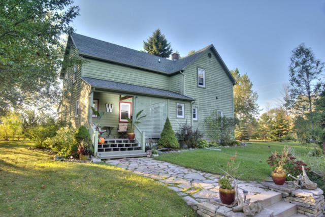 6502 Sauk Trail Rd, Belgium, WI 53013 (#1555953) :: Tom Didier Real Estate Team