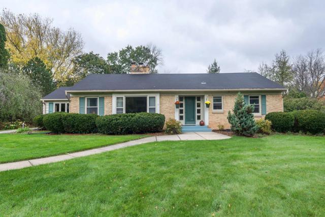 1015 Madera Cir, Elm Grove, WI 53122 (#1556831) :: Vesta Real Estate Advisors LLC