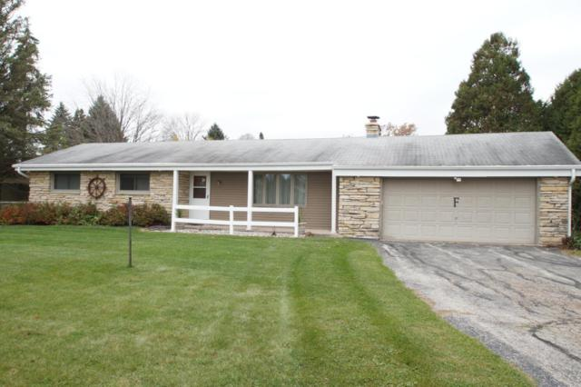 781 River Bend Rd, Grafton, WI 53024 (#1557037) :: Tom Didier Real Estate Team