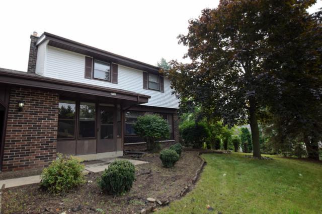 1956 Surrey Ln, Grafton, WI 53024 (#1557040) :: Tom Didier Real Estate Team