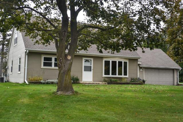 N16W27584 Pheasant Ln, Pewaukee, WI 53072 (#1557211) :: Vesta Real Estate Advisors LLC