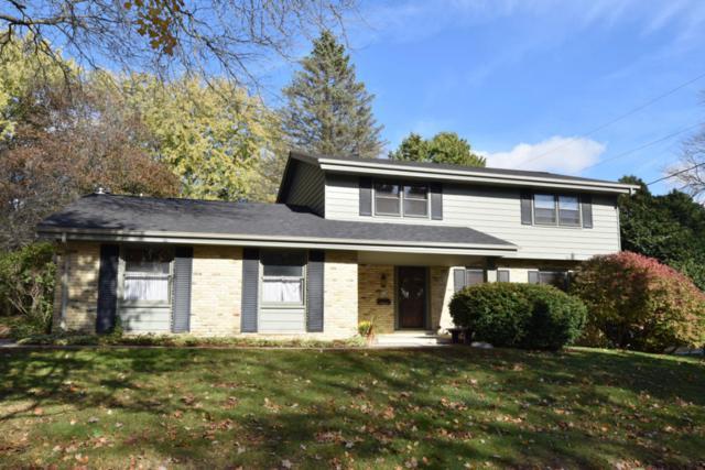 N73W5760 Appletree Ln, Cedarburg, WI 53012 (#1557379) :: Tom Didier Real Estate Team
