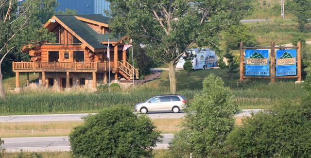 1550 N Port Washington Rd, Grafton, WI 53024 (#1558248) :: Vesta Real Estate Advisors LLC