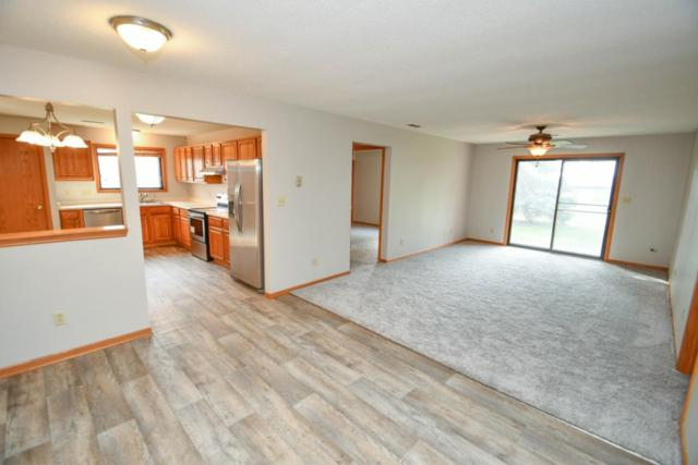 N58W23777 Hastings Ct #19, Sussex, WI 53089 (#1558689) :: Vesta Real Estate Advisors LLC