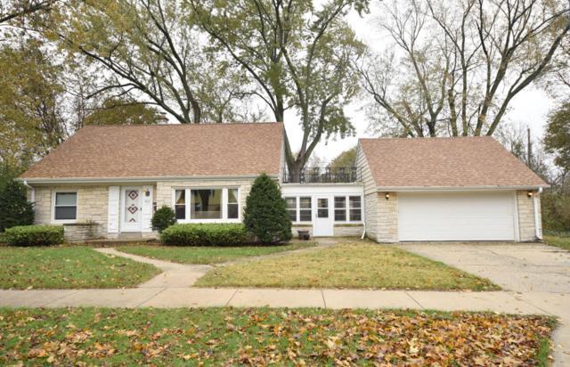2233 W Arbor Ave, Glendale, WI 53209 (#1558876) :: Vesta Real Estate Advisors LLC
