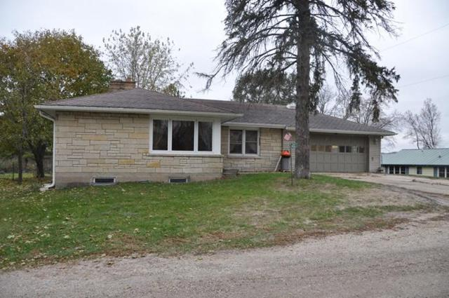 4322 Peninsula Dr, Burlington, WI 53105 (#1558905) :: Vesta Real Estate Advisors LLC