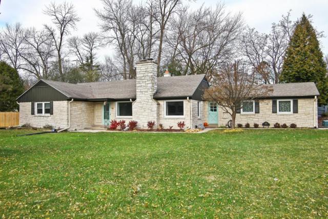 820 E Calumet Rd, Fox Point, WI 53217 (#1558946) :: Vesta Real Estate Advisors LLC