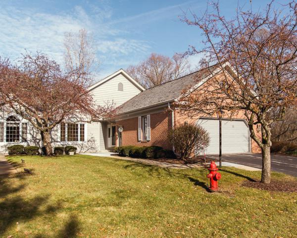 14250B Chestnut Grove Ct, Brookfield, WI 53005 (#1560146) :: Vesta Real Estate Advisors LLC