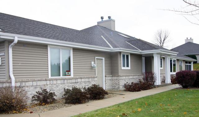 N79W17361 Bluejay Ct, Menomonee Falls, WI 53051 (#1560487) :: Vesta Real Estate Advisors LLC