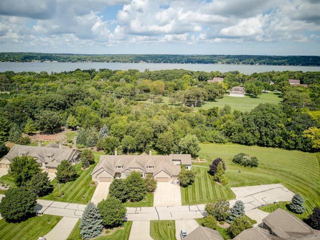 N19W28914 Golf Rdg N, Delafield, WI 53072 (#1562052) :: Vesta Real Estate Advisors LLC