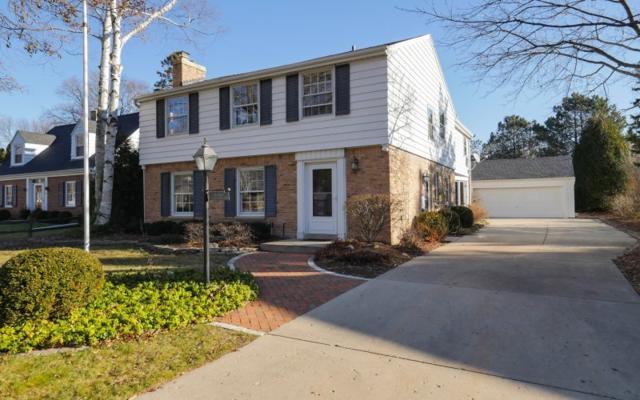 7528 N Links Way, Fox Point, WI 53217 (#1562311) :: Tom Didier Real Estate Team