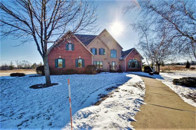 1740 Creekridge Ct, Cedarburg, WI 53012 (#1562465) :: Tom Didier Real Estate Team