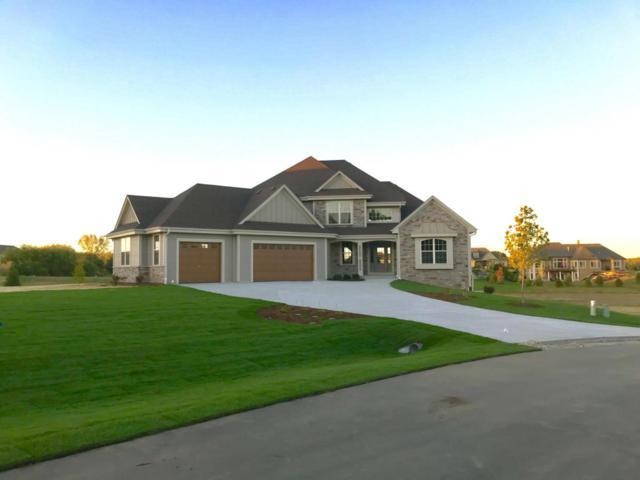N32W29560 Woodridge Ct, Delafield, WI 53072 (#1563086) :: Vesta Real Estate Advisors LLC