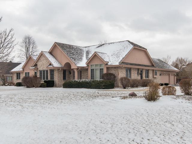10227 N Trillium Rd, Mequon, WI 53092 (#1563317) :: Vesta Real Estate Advisors LLC