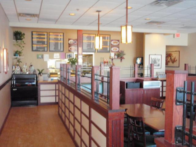 2345 W Ryan Rd, Oak Creek, WI 53154 (#1563402) :: Vesta Real Estate Advisors LLC
