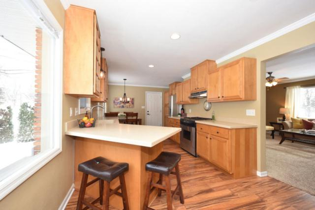 W158N5725 Elmway Dr, Menomonee Falls, WI 53051 (#1563502) :: Vesta Real Estate Advisors LLC