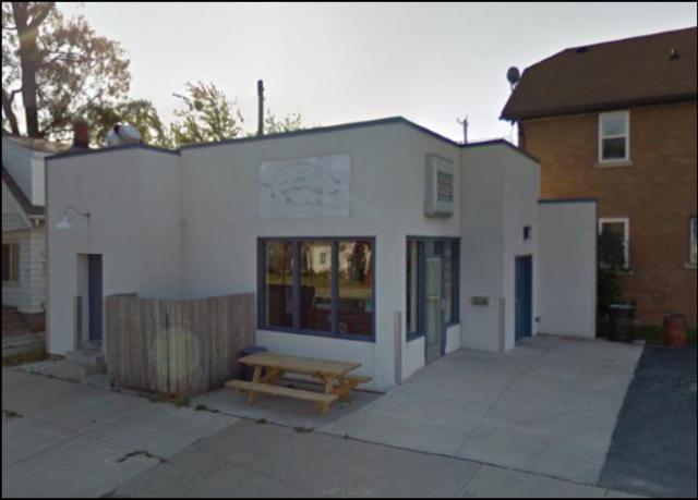 3902 S Whitnall Ave, Milwaukee, WI 53207 (#1563568) :: Vesta Real Estate Advisors LLC