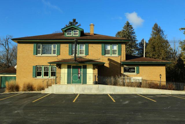 14015 N Cedarburg Rd, Mequon, WI 53097 (#1563616) :: Tom Didier Real Estate Team