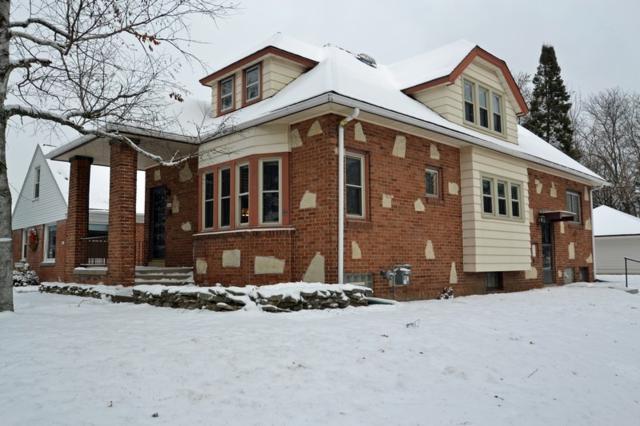 5682 N Argyle Ave, Glendale, WI 53209 (#1563665) :: Vesta Real Estate Advisors LLC