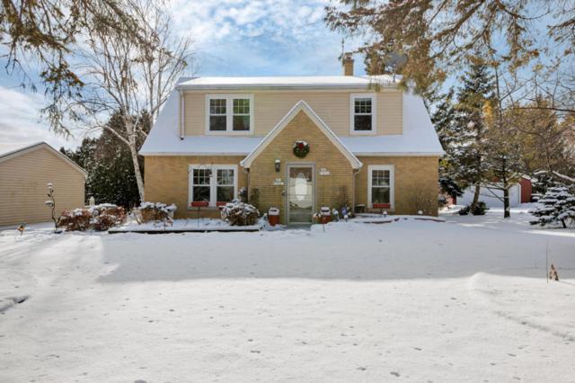 N86W18041 18043 Main St, Menomonee Falls, WI 53051 (#1563888) :: Tom Didier Real Estate Team