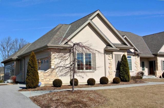 N35W23670 Auburn Ct, Pewaukee, WI 53072 (#1569561) :: Vesta Real Estate Advisors LLC
