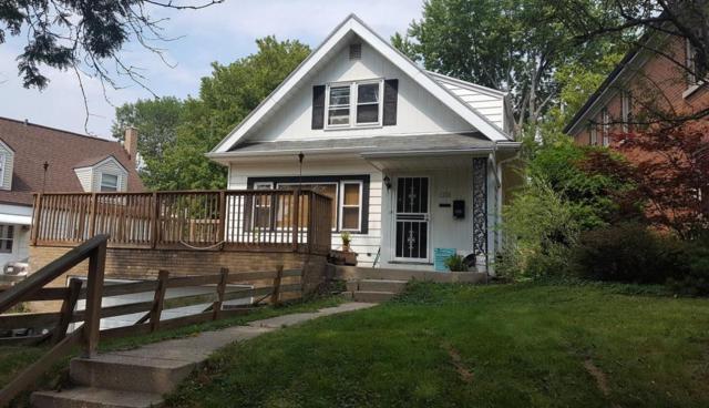 1600 E Menlo Blvd 1600A, Shorewood, WI 53211 (#1569647) :: Vesta Real Estate Advisors LLC