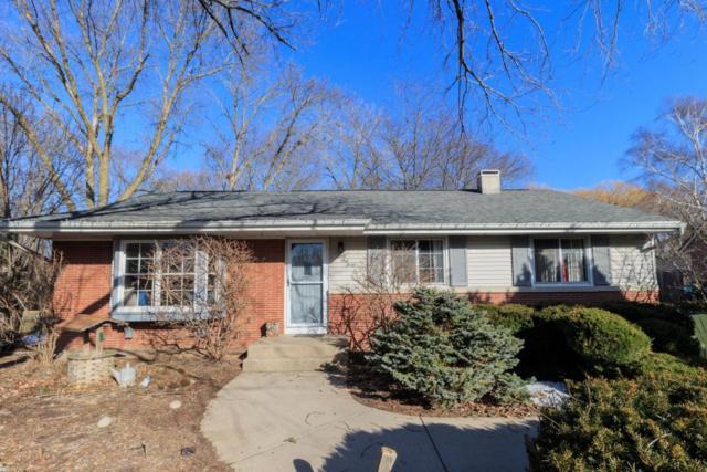 6140 N Alberta Ln, Glendale, WI 53217 (#1569833) :: Vesta Real Estate Advisors LLC
