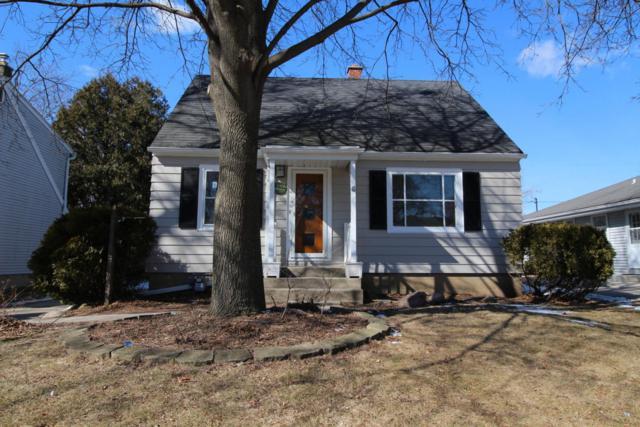6455 N Willow Glen Ln, Glendale, WI 53209 (#1570424) :: Vesta Real Estate Advisors LLC