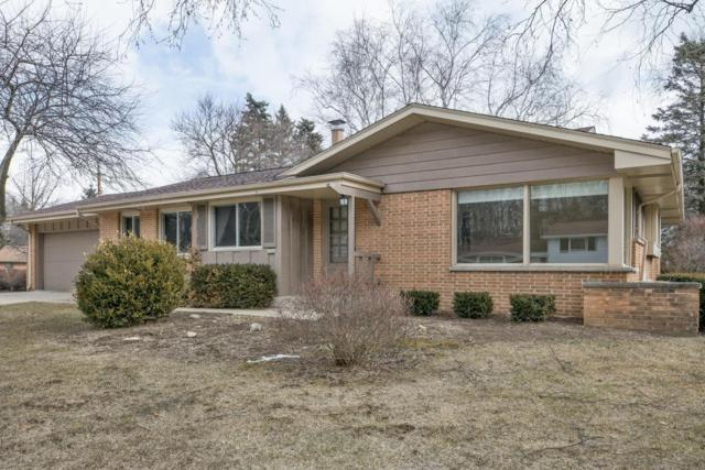 6946 N Glen Shore Dr, Glendale, WI 53209 (#1571099) :: Vesta Real Estate Advisors LLC