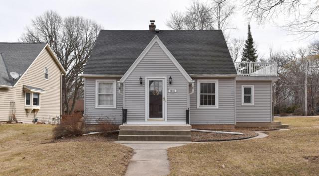 1220 Webster Ave, Brookfield, WI 53005 (#1571310) :: Vesta Real Estate Advisors LLC