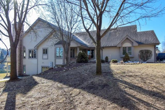 N14W30238 High Ridge Rd, Delafield, WI 53072 (#1571441) :: Vesta Real Estate Advisors LLC