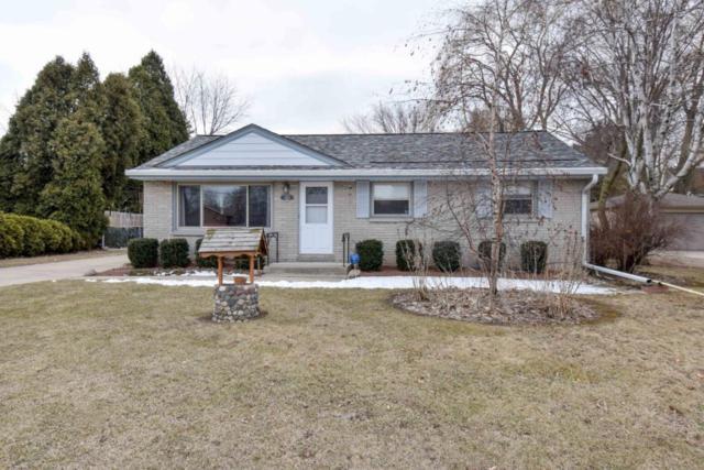 3425 E Puetz Rd, Oak Creek, WI 53154 (#1571460) :: Vesta Real Estate Advisors LLC