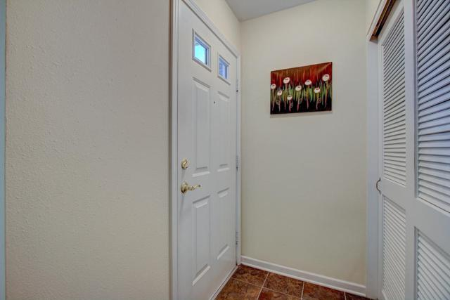 W168N11065 Ashbury Cir #5, Germantown, WI 53022 (#1571734) :: Vesta Real Estate Advisors LLC