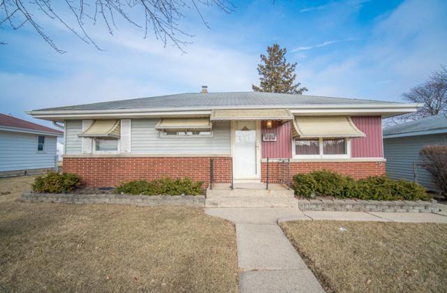 4276 S Honey Creek Dr, Milwaukee, WI 53220 (#1571758) :: Vesta Real Estate Advisors LLC